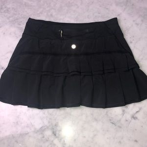 Lululemon tennis skirt size 4